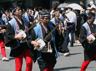 http://www.nihon.ru/img/Festivals/HakataDontaku_s.jpg