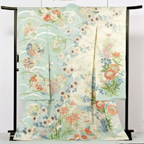 http://www.nihon.ru/img/yokohama/silk_museum_kimono.jpg